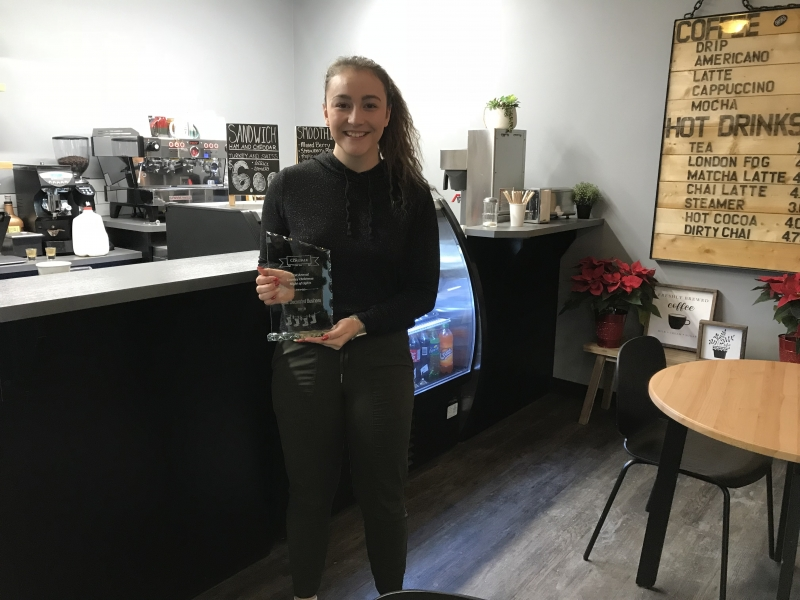 Coaldale's Country Christmas Best Decorated Business Winner