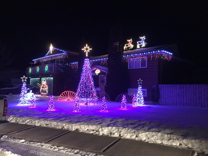 Honourable Mention - Country Christmas Best Decorated Home